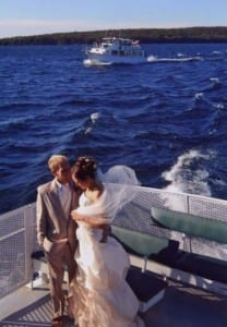 weddingboat-208x300